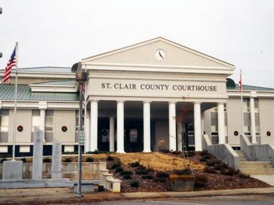 St. Clair County Courthouse in Ashville, AL